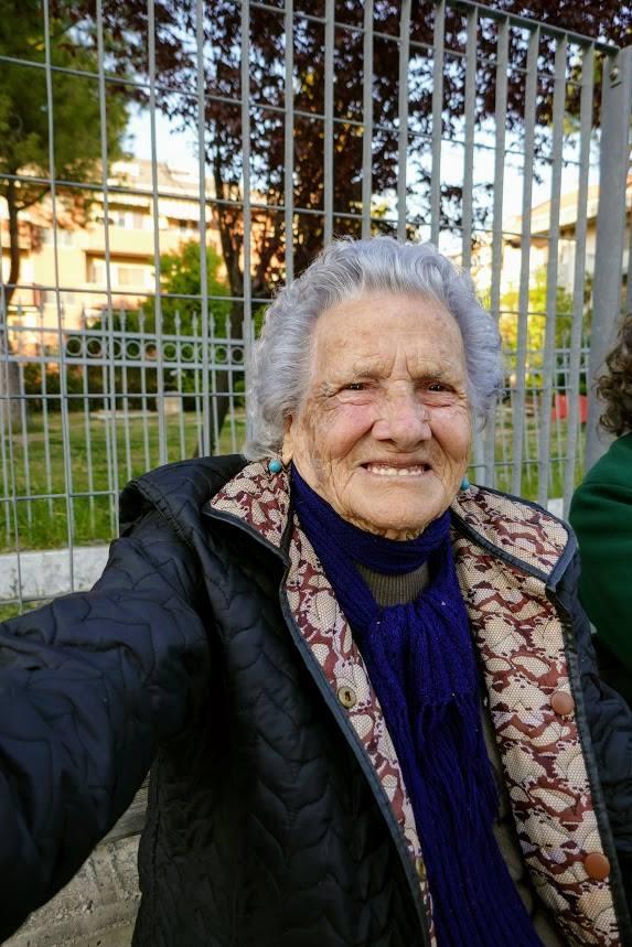 """Montesilvano: nonna Irene, 97 anni, """"Sorrido per vivere bene"""""""