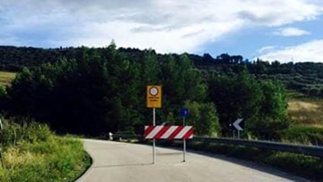 Nuova frana a Civitella del Tronto, chiuso ponte pericolante