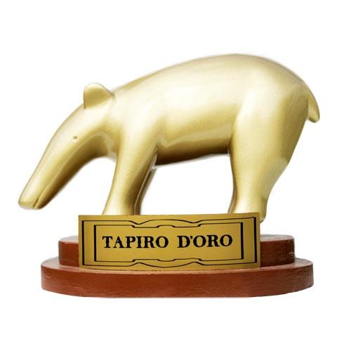 'Striscia la Notizia' a Pescara, Sulley Muntari rifiuta il Tapiro d'oro