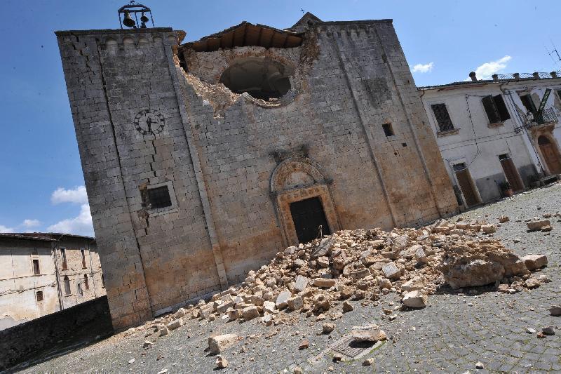 Teramo: danni sisma alle Chiese, colletta dei fedeli