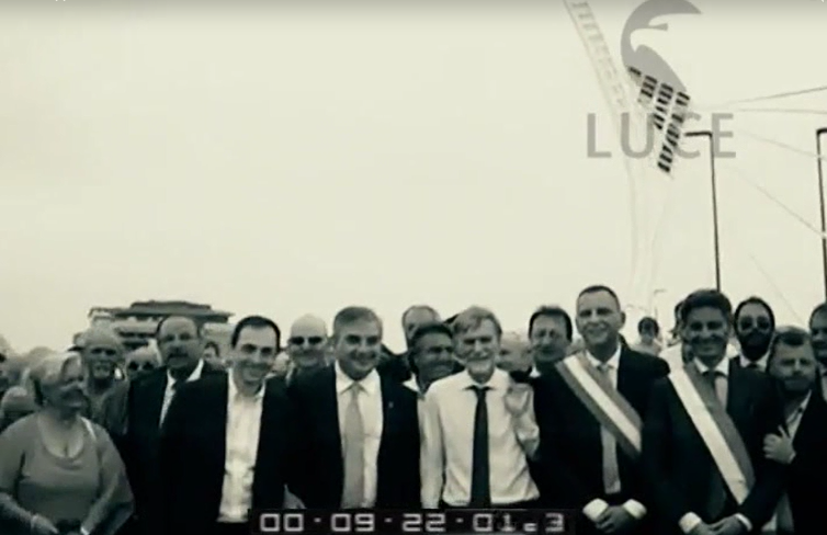 Ponte Flaiano è già cult, ironia Web