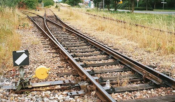 Città Sant'Angelo: donna investita da un treno