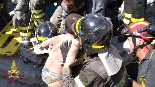 Sisma Ischia: tra i soccorritori anche quelli di Rigopiano