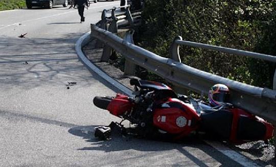 Lettomanoppello, motociclista ferito in un incidente stradale