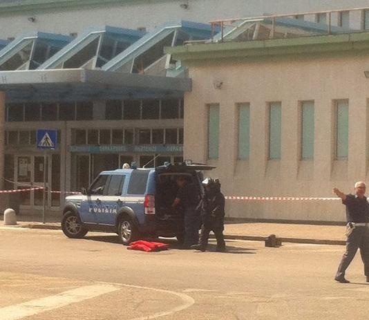 Pacco sospetto all'Aeroporto d'Abruzzo, intervengono gli artificieri