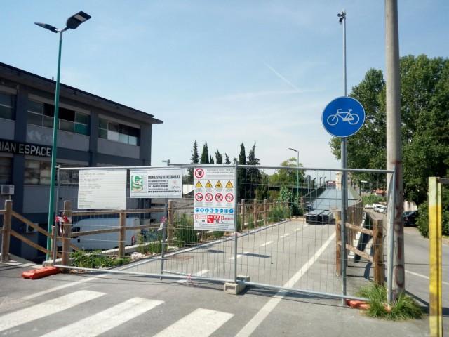Pescara, pista ciclabile interrotta