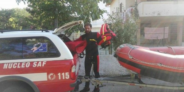 Spoltore: pescatore cade nel fiume e viene soccorso