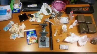 Teramo: napoletano arrestato con 5 Kg di droga