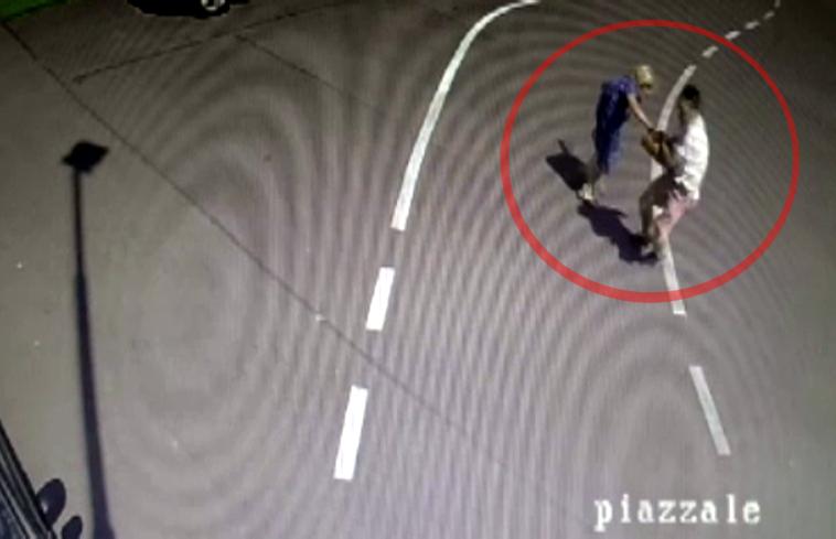 Pescara: 24enne arrestato per tentata rapina a una 79enne