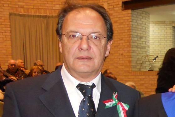 Il sindaco di Casacanditella Giuseppe D'Angelo , finito ai domiciliari