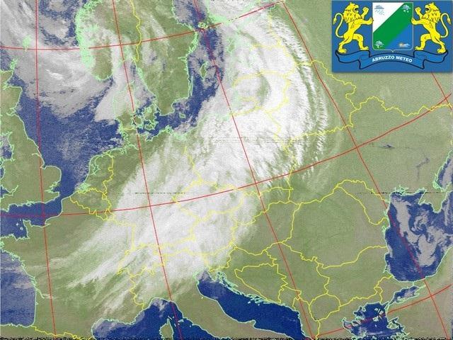 Meteo: ottobre inizia con tempo instabile al Sud, piogge e clima autunnale