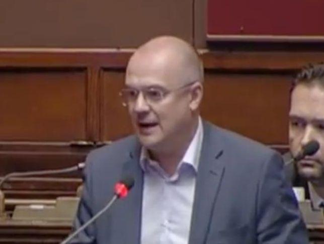 Tagli alle Poste in Abruzzo: azienda chiamata in Parlamento