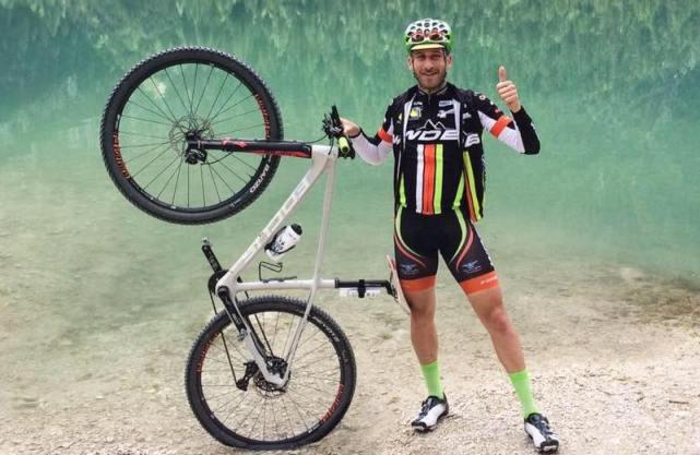 Roseto: a Cologna Paese ciclista di 28 anni investito e ucciso