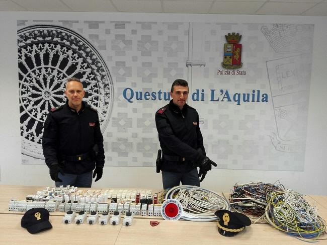 L'Aquila: 55enne fermato con refurtiva progetto Case