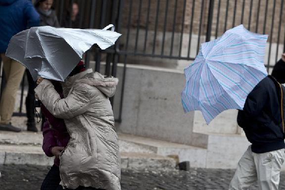 Maltempo, tornano pioggia e vento in Abruzzo