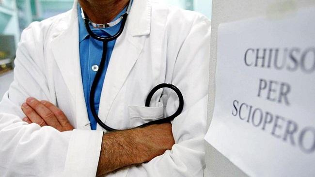 Sanità: anche in Abruzzo medici e dirigenti aderiscono allo sciopero