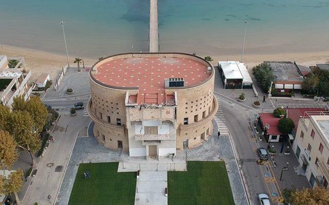 Francavilla, Michele Placido inaugura il Palazzo Sirena