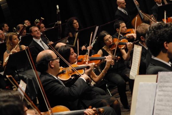 La Prayer lascia l'Istituzione Sinfonica Abruzzese