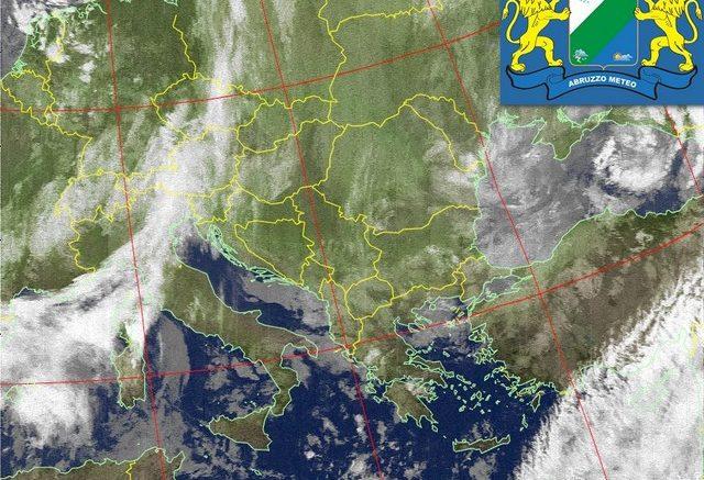 Meteo Italia: in arrivo pioggia, vento e locali nevicate in pianura