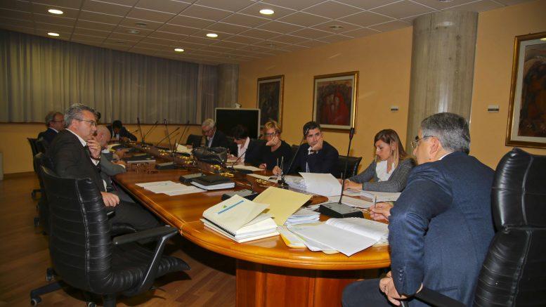 Regione Abruzzo si dimettono gli assessori Di Matteo e Gerosolimo