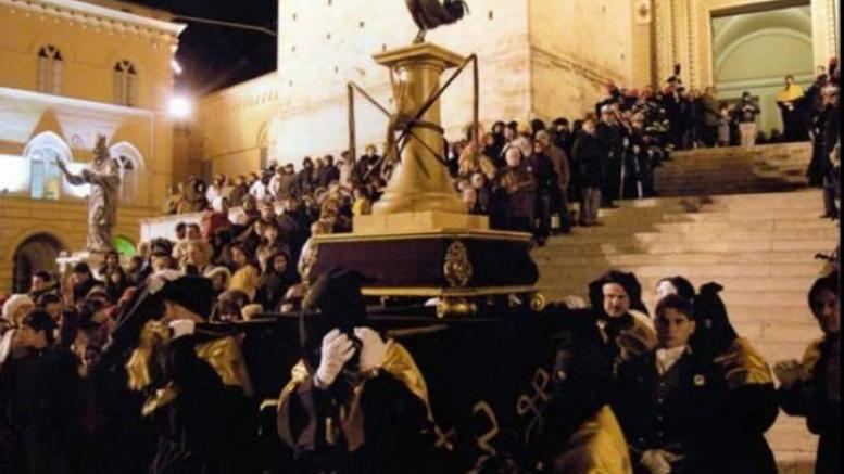 Cascia, processione del Cristo morto