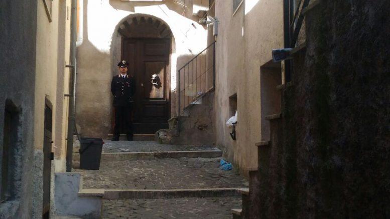Trovata morta in casa 44enne a Carsoli, fermato dai CC il compagno