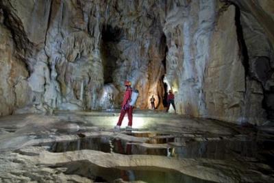 grotte di stiffe san demetrio