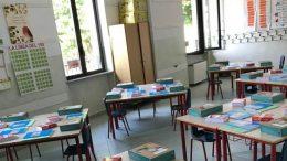 aula-libri-banchi1