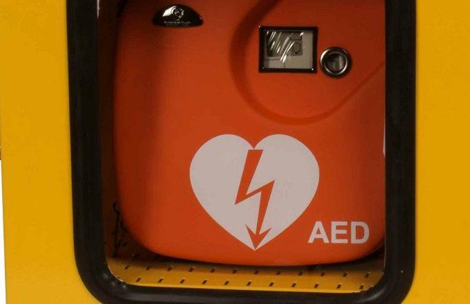 defibrillatore1