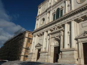 scuola De Amicis e basilica di San Bernardino all'Aquila