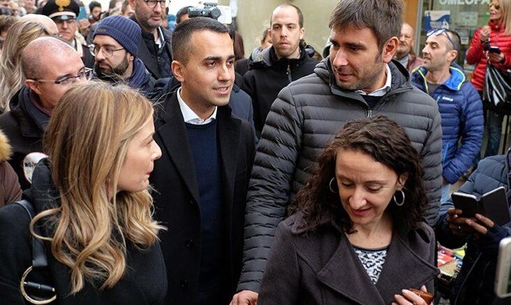 Gilet gialli: scontri a Parigi, 1 ferito